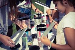 Haz una cámara fotográfica con envases reciclados
