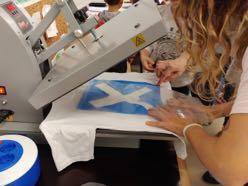 Plantxfer. Personaliza camisetas con vinilo textil